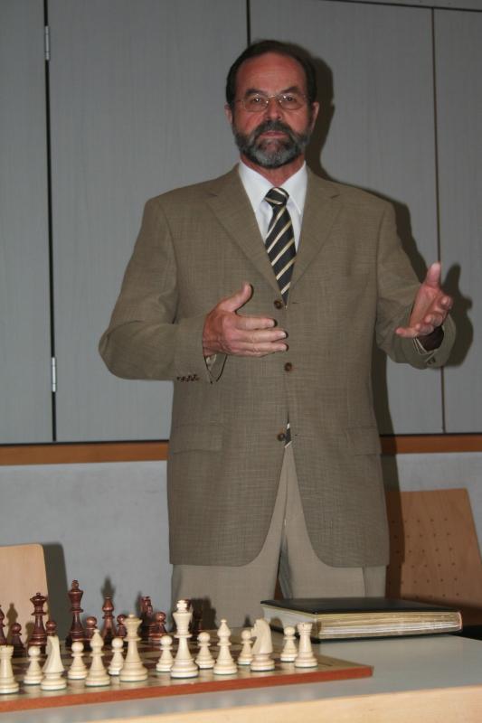 Peter Nauert